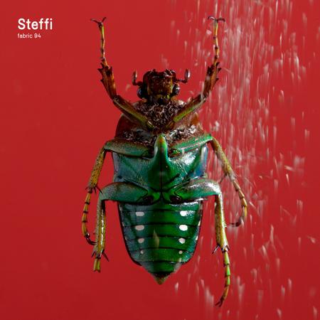 F94 steffi packshot